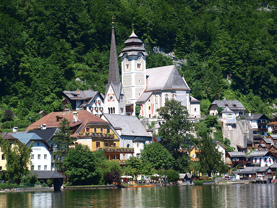 The 2 churches of Hallstatt
