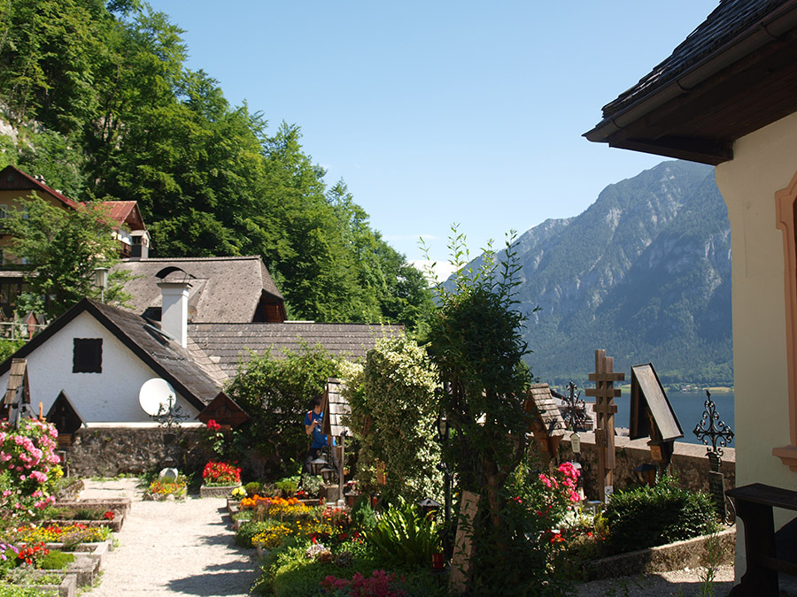 Discover the beautiful landscape around Lake Hallstatt - Cementary of the Catholic Church
