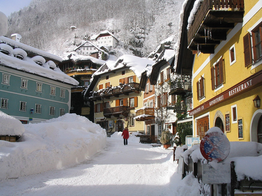 Marketplace of Hallstatt in winter