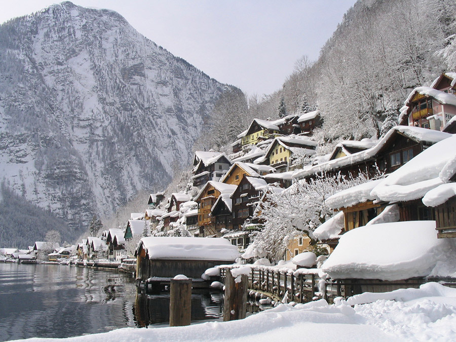 Hallstatt: Your winter holiday place in Austria